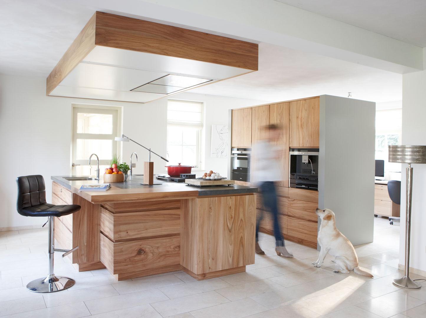 Exclusieve keukens in moderne stijl houtwerk hattem - Afbeelding moderne keuken ...